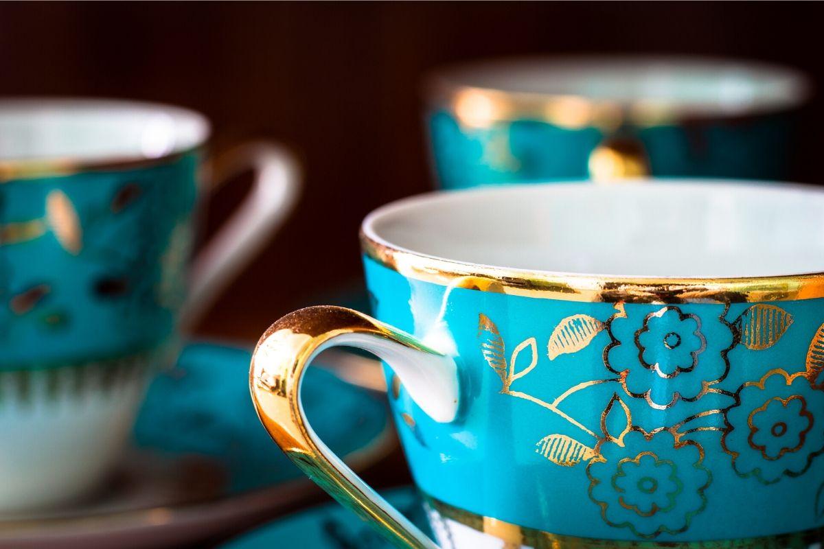 tea cup slide 1